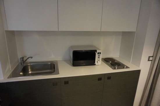 Lungotevere Suite: Kitchenette