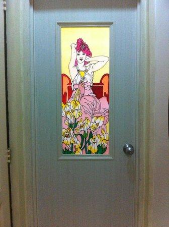 Boracay Breeze Resort: Tacky bathroom door stained glass