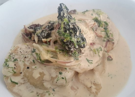 Lubu Restaurant: Scallop Ravioli with Morel Sauce