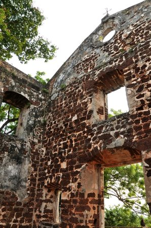 St. Paul's Hill & Church (Bukit St. Paul): Ruins