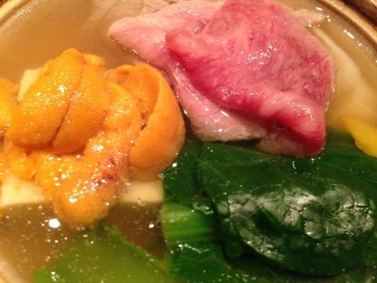 Ishikawa: uni in beef pot