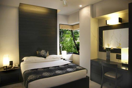 AR Suites Fontana Bay : Suite