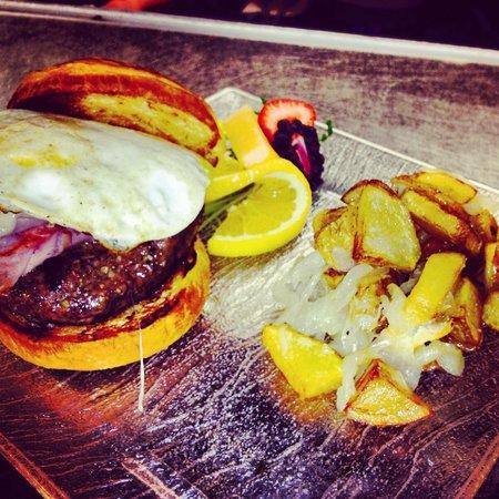 Parc Bistro : Breakfast burger