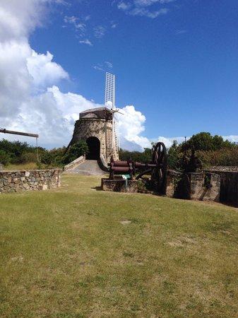 Estate Whim Museum: Three types of sugar mills