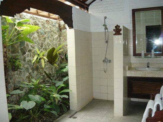 Alam Sari: garden ensuite