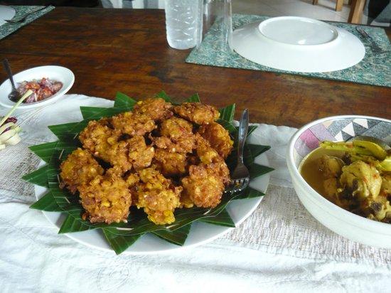 Alam Sari: corn fritters