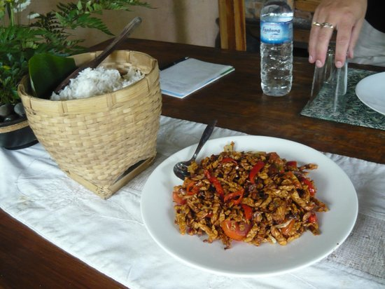 Alam Sari: Soy bean dish