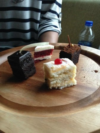 our yummy complimentary desserts