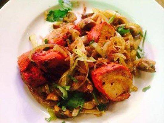 Chillies: Garlic Chicken