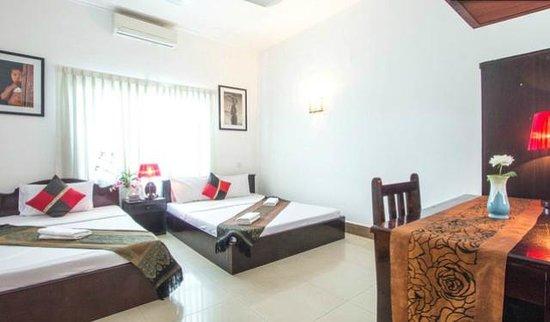 My Home Cambodia : Family Room