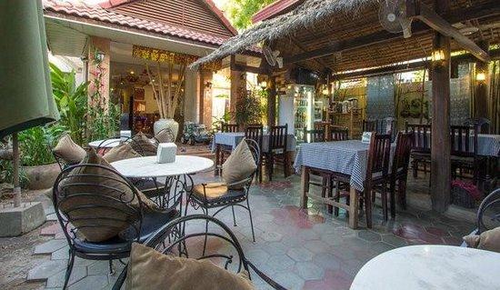 My Home Cambodia: Restaurant