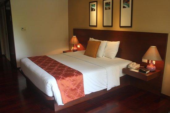 Swissotel Resort Phuket Patong Beach: Room Interior