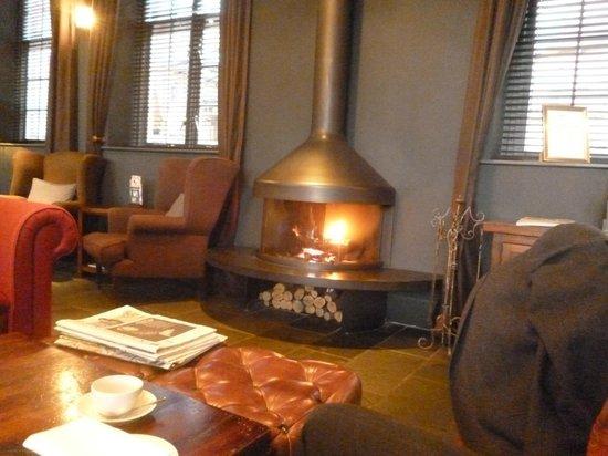 Hotel du Vin & Bistro Newcastle : Hotel Bar/Bistro area