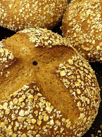 The Wild Flour: Honey and oat bread