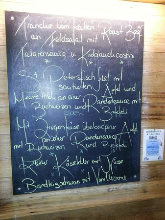 Hotel Alpine Lodge Gstaad - Saanen: The dinner menu for one of our evening stays