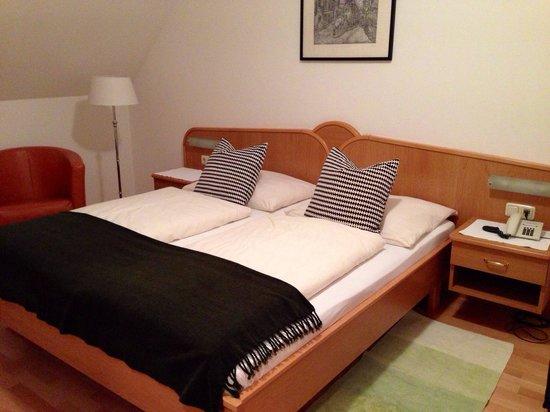 Hotel Zum Goldenen Engel: Standart room