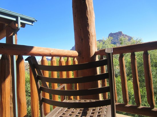 Majestic View Lodge: Balcony