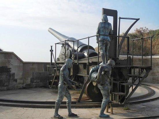 Çanakkale Şehitleri Anıtı