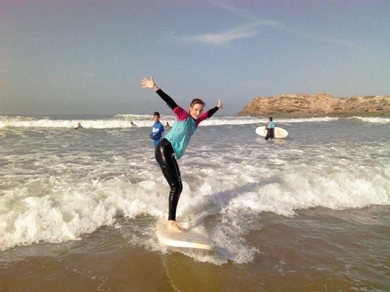 Surf Town Morocco : первый раз на серфборде