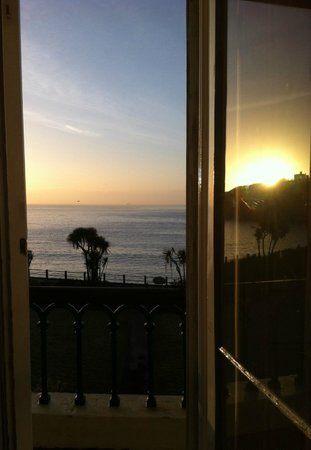 The Falmouth Hotel: Spectacular sunrise from room