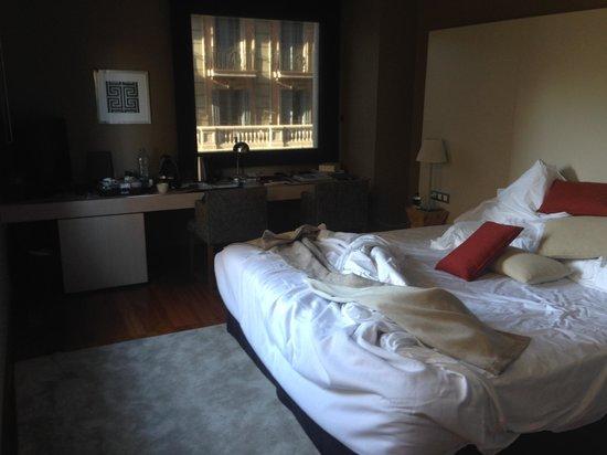 Grand Hotel Central: Amplia y cómodas camas