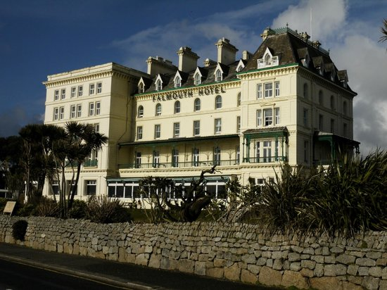 The Falmouth Hotel : Great Building on the seafront