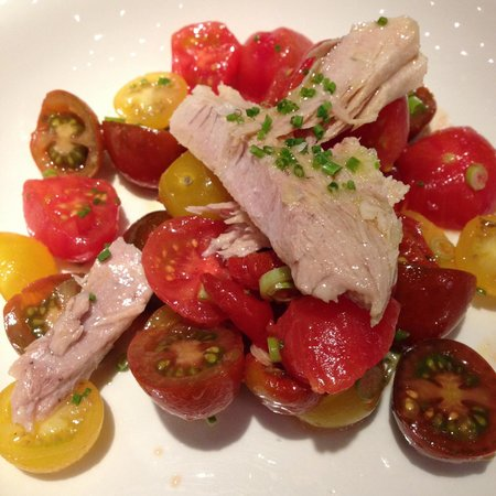 Grand Hotel Central: Ensaladas en el City Bar