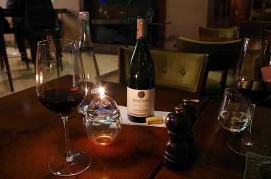 Titanic City Hotel : Местное вино вполне хорошее
