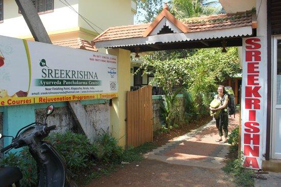 Sreekrishna Ayurveda Centre: entrance