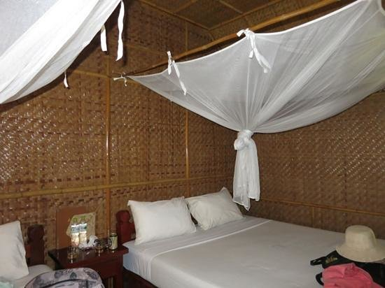 River Kwai Jungle Rafts Resort: Bedroom !
