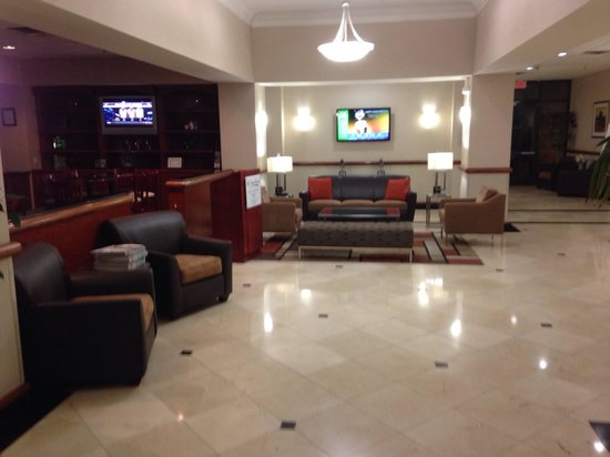 Holiday Inn Palmdale: Entrance lobby