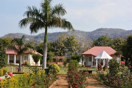 Tiger Den Resort: view of property