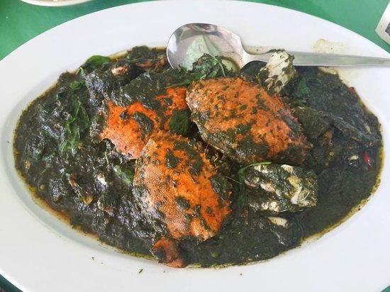 Baan Itsara Restaurant : Crab with some herb paste