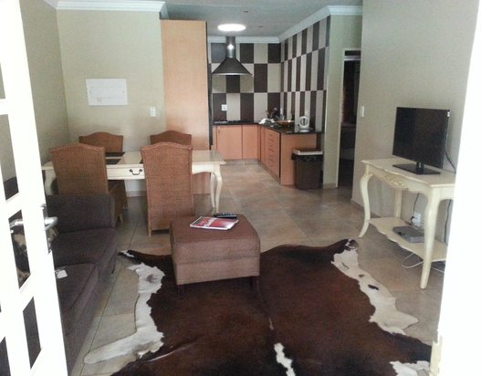 Accommodation at Van's : Entrance into unit. Fully equipped kitchen/living area/TV room