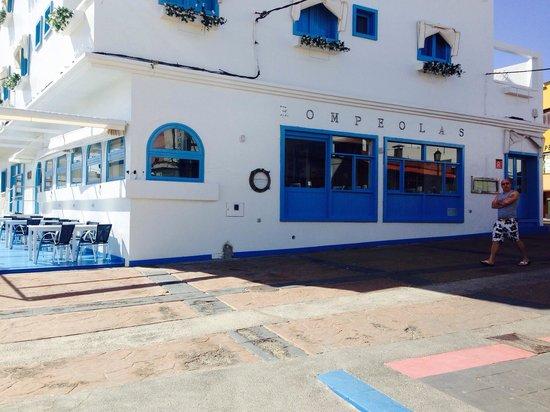 Rompeolas Restaurante - Fuerteventura -: So pretty!