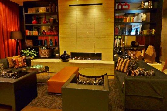 Adina Apartment Hotel Hamburg Michel: Lobby