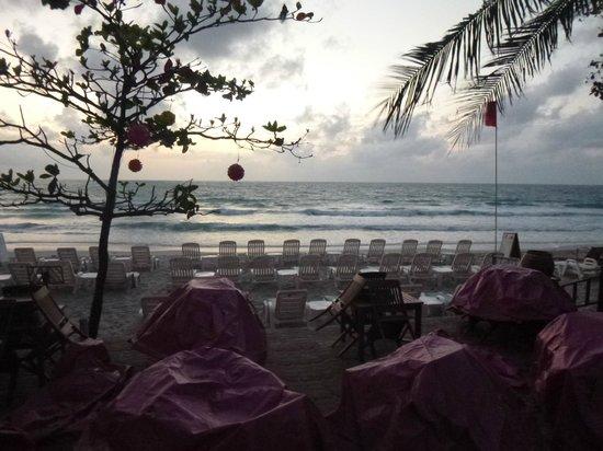 Chaba Samui Resort: Beach area