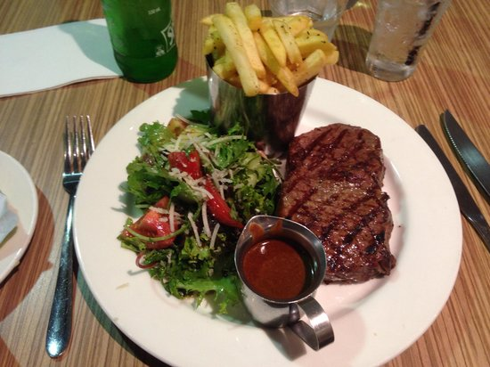 Mercure Welcome Melbourne: Dinner at the Louden, best cooked steak ever!