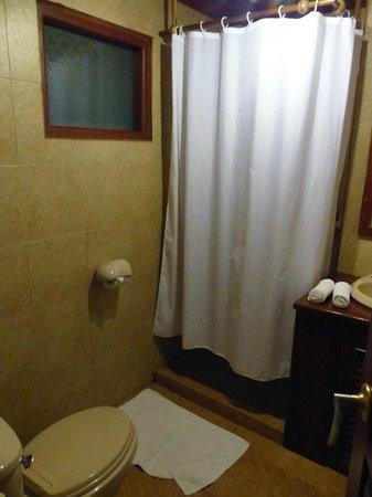 Sanctuary Pakbeng Lodge : la salle de bains