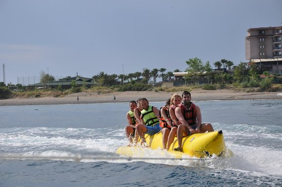 Saphir Resort & Spa: Banana boat trip