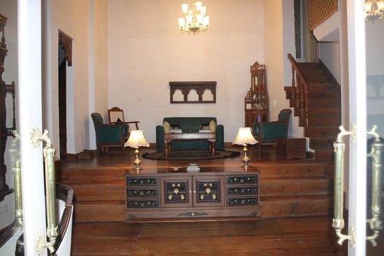 Te Aroha Dhanachuli: main sitting area