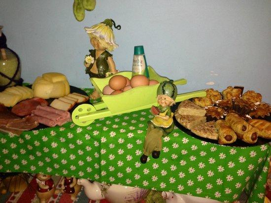 Pensao Royal : Breakfast