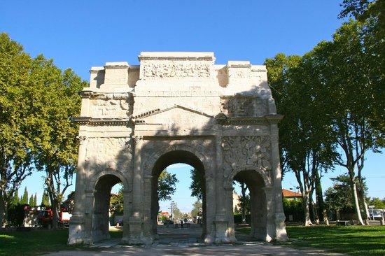Arc de Triomphe Orange