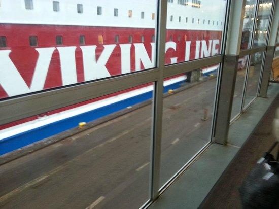 Viking Line - Day Cruises: Boarding Gabriella