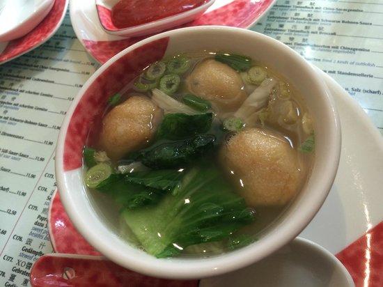 Good Friends: soupe avec boulette de poisson