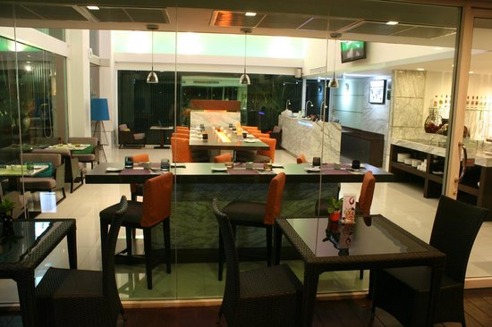 Hotel Solo Sukhumvit 2: Hotel Solo dining
