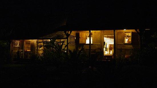 Ratua Private Island: the room and night