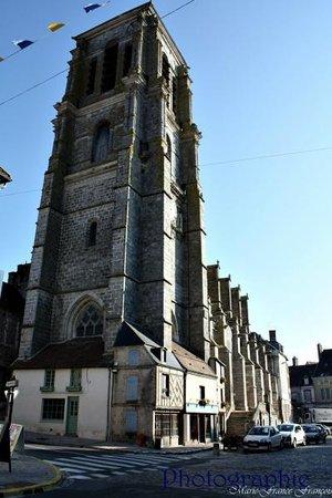 Les hôtes de Cézanne : L'Eglise St Denis de Sézanne