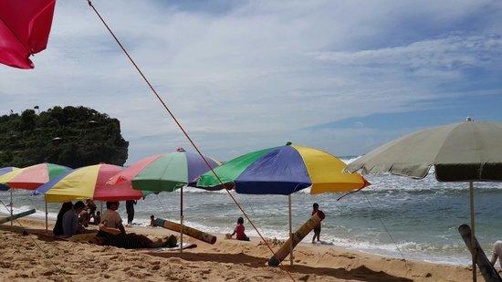 Gunung Kidul, Indonesia: pemandangan di pantai indrayanti