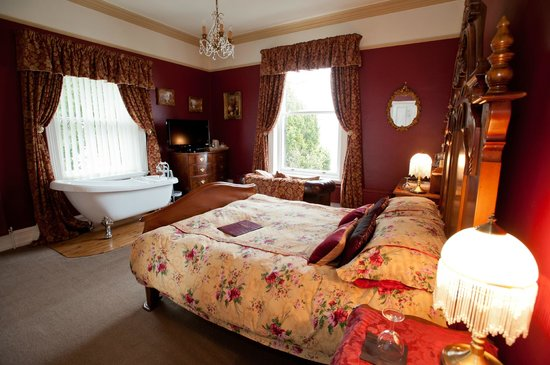 Holmefield Guesthouse: Chatsworth Room